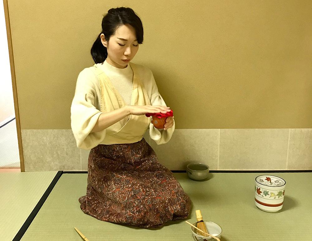 柳澤さんは茶道も趣味だそう。