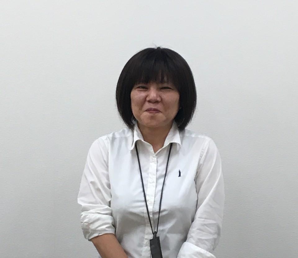 開発統括部マーケティング室ブランドマネジメント課 浅野悦子(あさの えつこ)さん